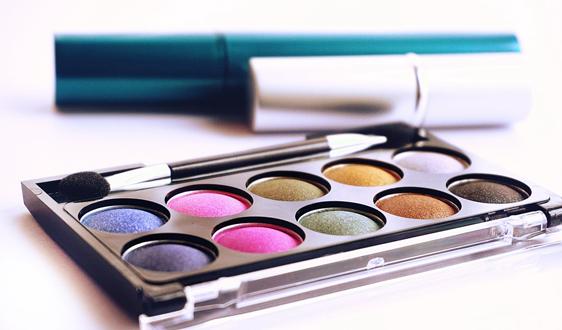 英国化妆品实行回收空包装再利用